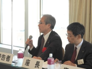岡本氏(左)と座長の瀬島氏(右)