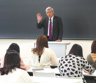 広島修道大学への提供講座 始まる
